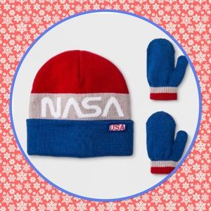 🇺🇸New🇺🇸NASA Beanie & Mitten Set🇺🇸
